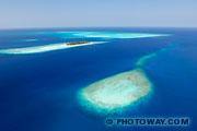 Fond d'écran d'atoll aux Maldives vue aérienne