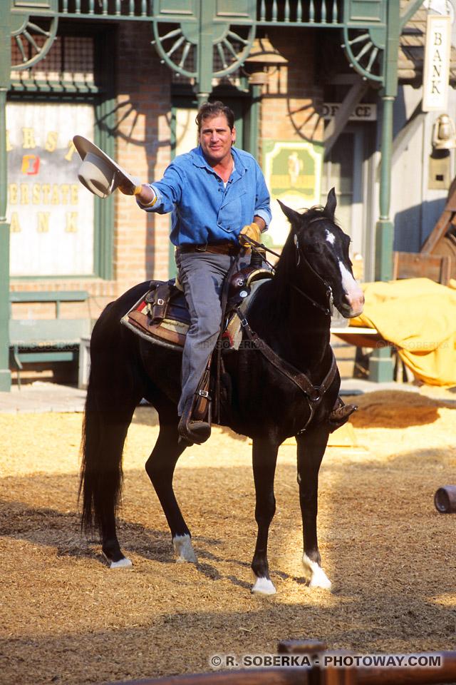 Photos d'un cowboy à cheval - Photo à Hollywood en Californie aux Etats Unis