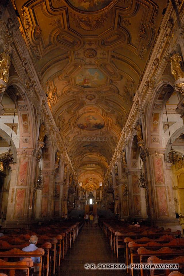 Photo de la cathédrale de Santiago du Chili- Image de l'intérieur de la Cathédrale
