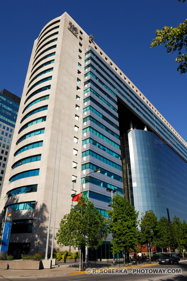 Images : Photos du World Trace Center à Santiago quartier Providencia au Chili