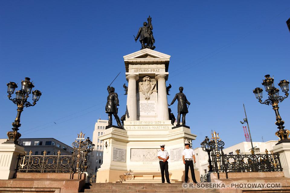 Arturo Prat et monument aux héros de la bataille d'Iquique à Valparaíso