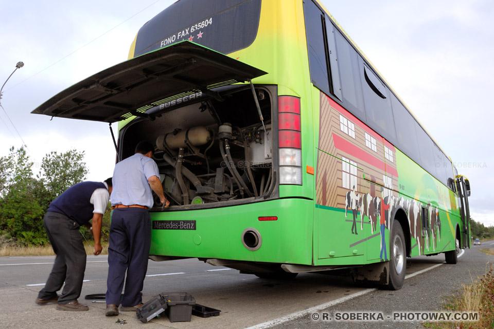 Autobus en panne au Chili guide touristique de voyage au Chili