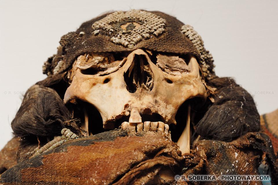 Photos de crânes du peuple Atacama à San Pedro au Chili