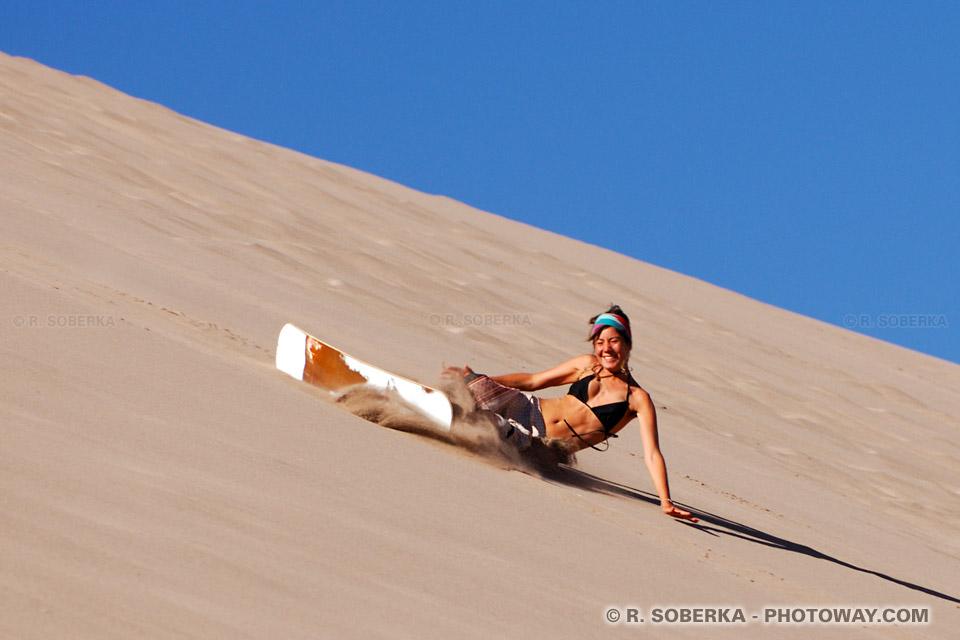 Surf dans dunes de sable au Chili images de la Vallée de la Mort