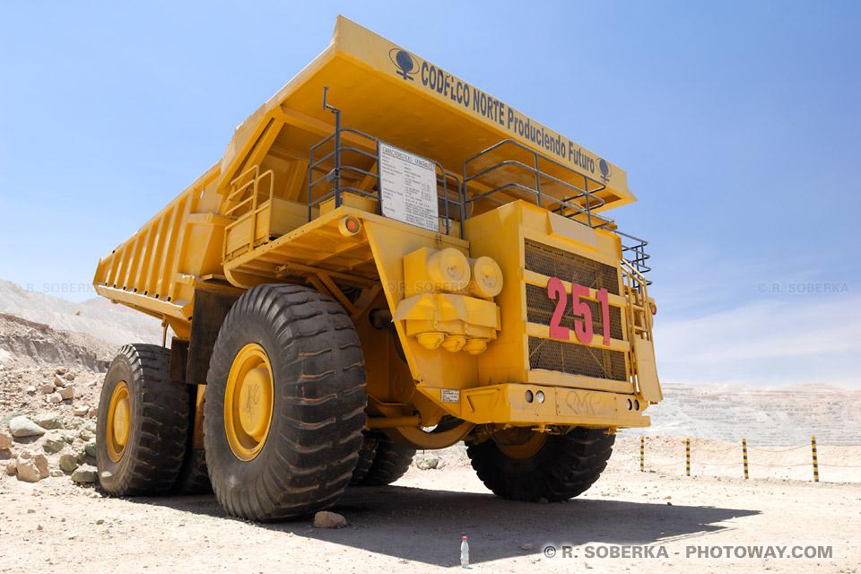 Camions géants et roues de 4 mètres de diamètre !