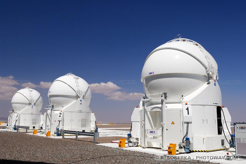 Télescopes auxiliaires AT de l'ESO photo à Paranal au Chili