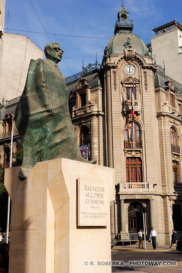 Photos de la statue de Salvador Allende à Santiago du Chili
