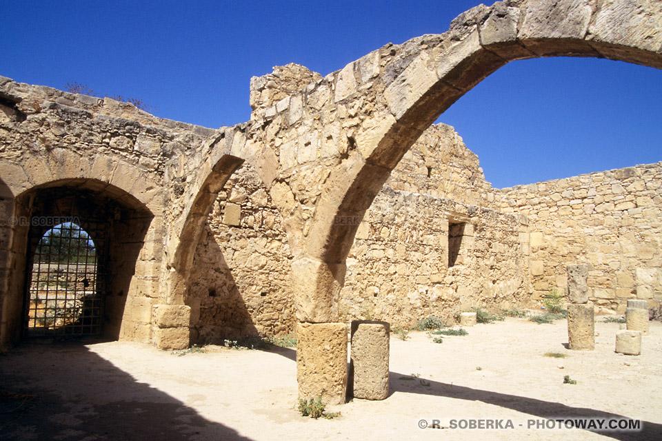 images d'architecture médiévale photos de la voûte citadelle photo