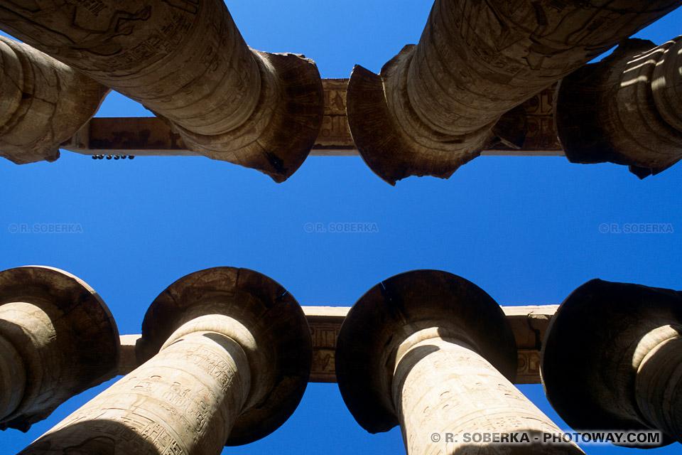 Photos colonnes du temple de Karnak en Egypte photo voyage en images