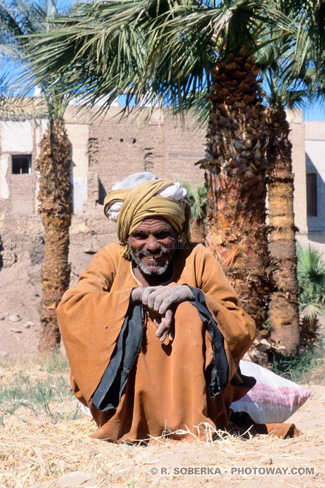 turban porté par un Egyptien à Louxor