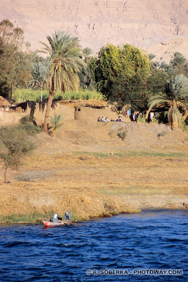 Photos pêcheurs sur les rives du Nil photo guide tourisme en Egypte
