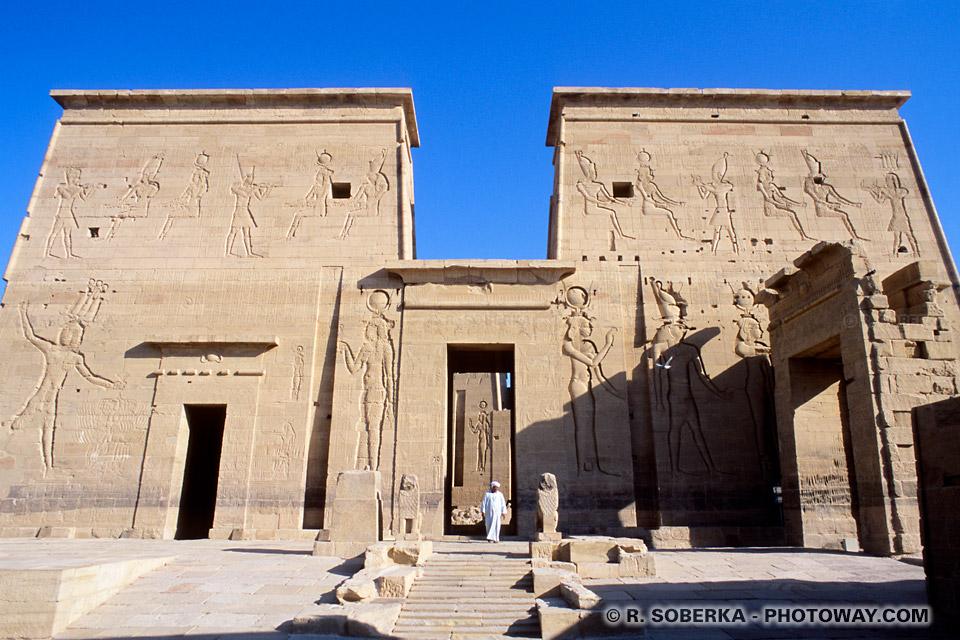 Photos du temple de Philae photo et visite du pylone de Philae Egypte