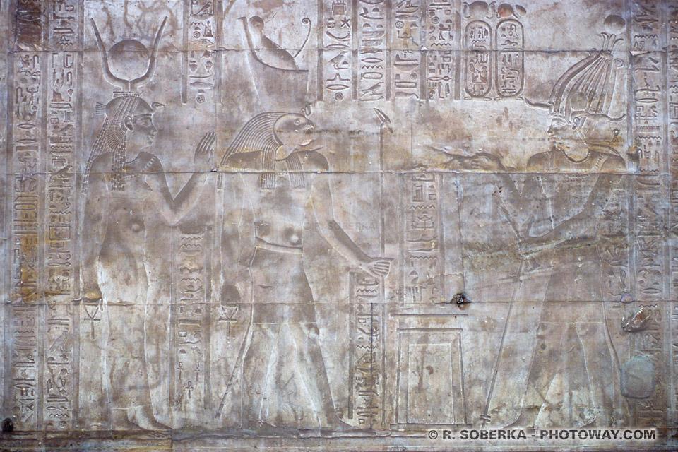 égyptologues, images et informations sur le temple d'Edfou en Egypte