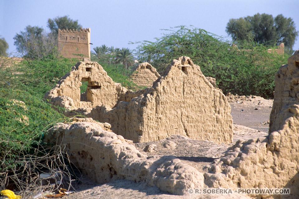 Image Photos de ruines de maisons vielle ville photo ruine de maison