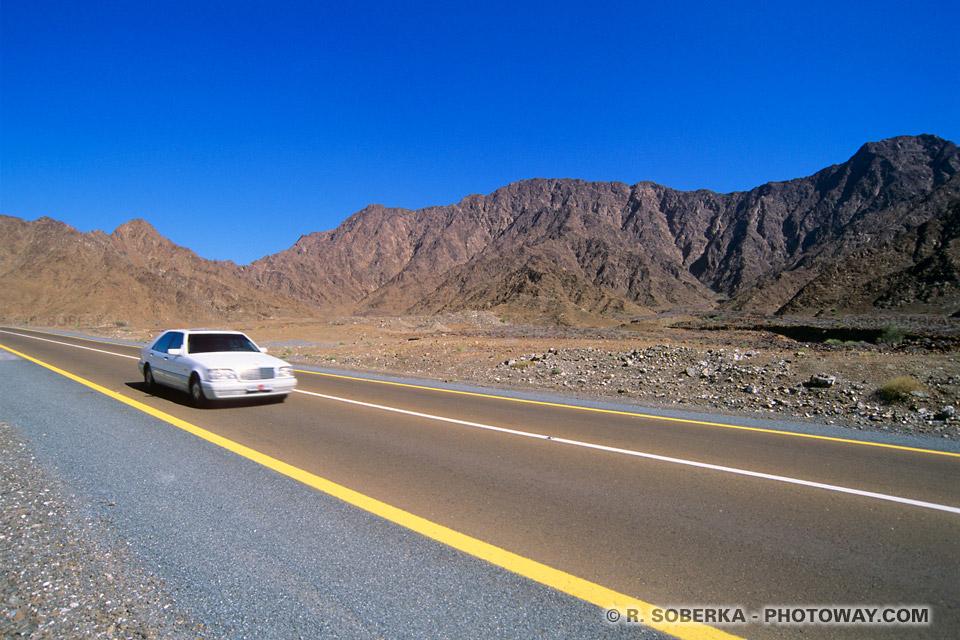 Image Photo route photos de la route dans les montagnes Hajar Golf d'Oman