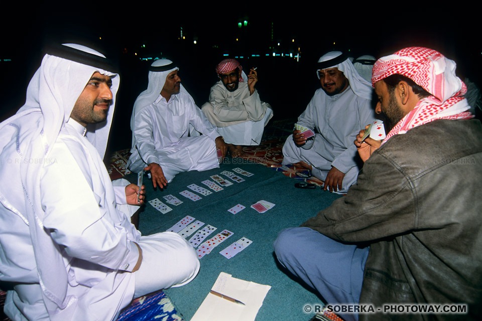 Image Photos d'immigrés arabes photo d'immigré Emirats Arabes Unis