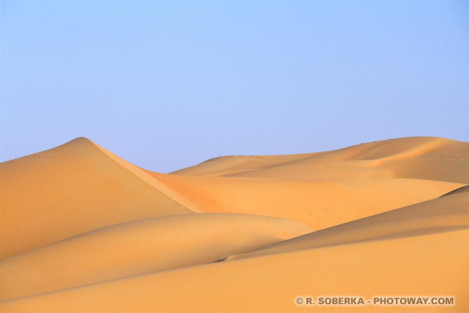 Image Graphisme photo de nuances et teintes des dunes du désert photos