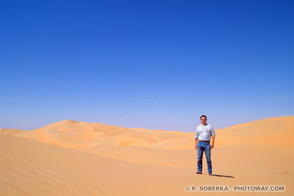 Image Photo de randonnée dans le desert photos randonnées déserts Arabes