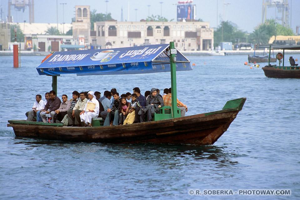 Image Photo Abra photos Abras bateau traditionnels à Dubaï aux Emirats Arabes Unis