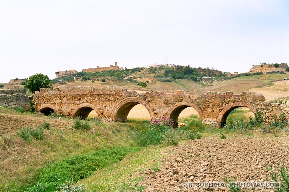 Pont médieval de Carmona