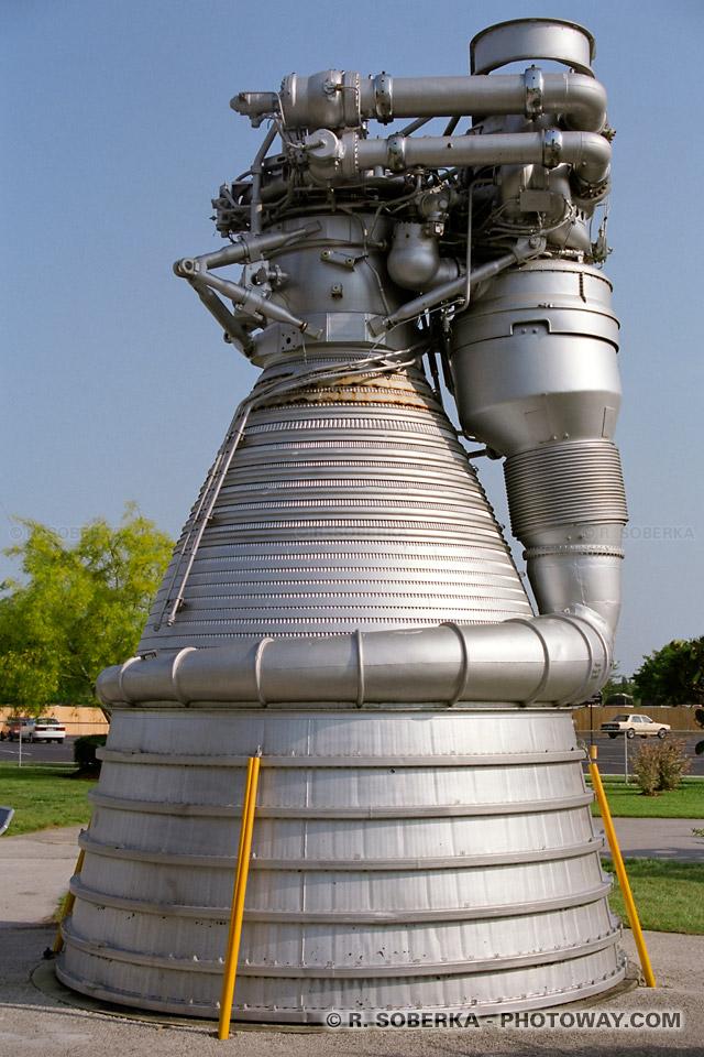 Photo d'un réacteur de fusée photos au Kennedy Space Center images de Cape Canaveral