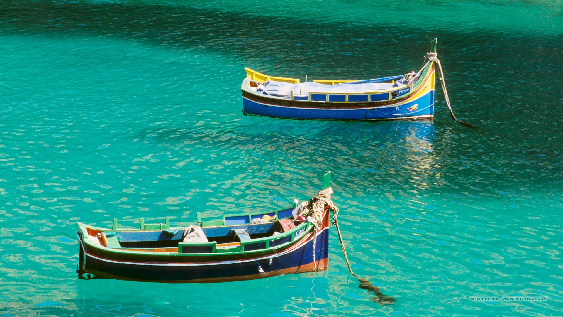 Fond d 39 cran malte fonds d 39 cran bateaux luzzu wallpaper malte for Ecran photo 24 pouces