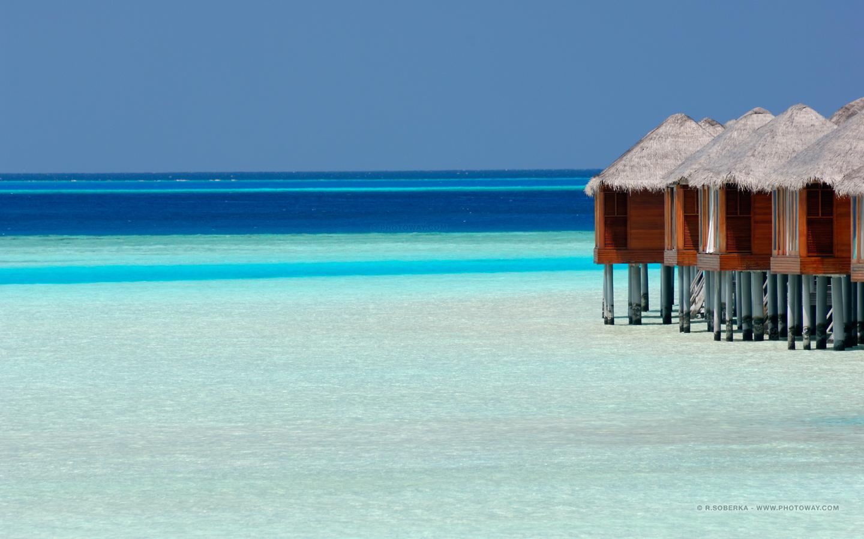 Fonds d 39 cran maldives bungalows fond d 39 cran lagon for Fond d ecran pour pc 17 pouces