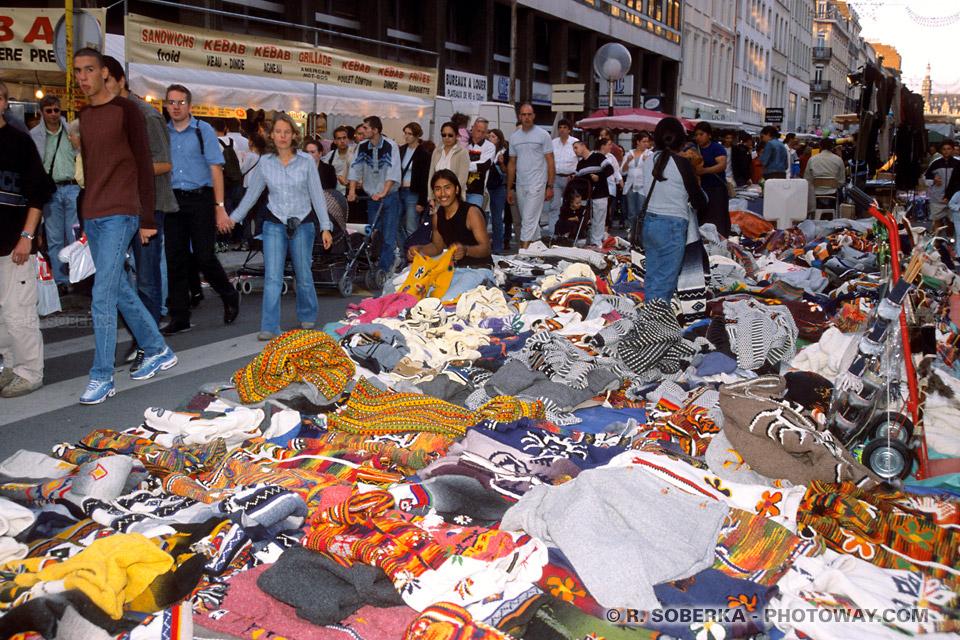 péruviens vendeur à la Braderie de Lille