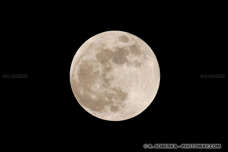 Photo pleine Lune : photos de la pleine lune avant l'éclipse
