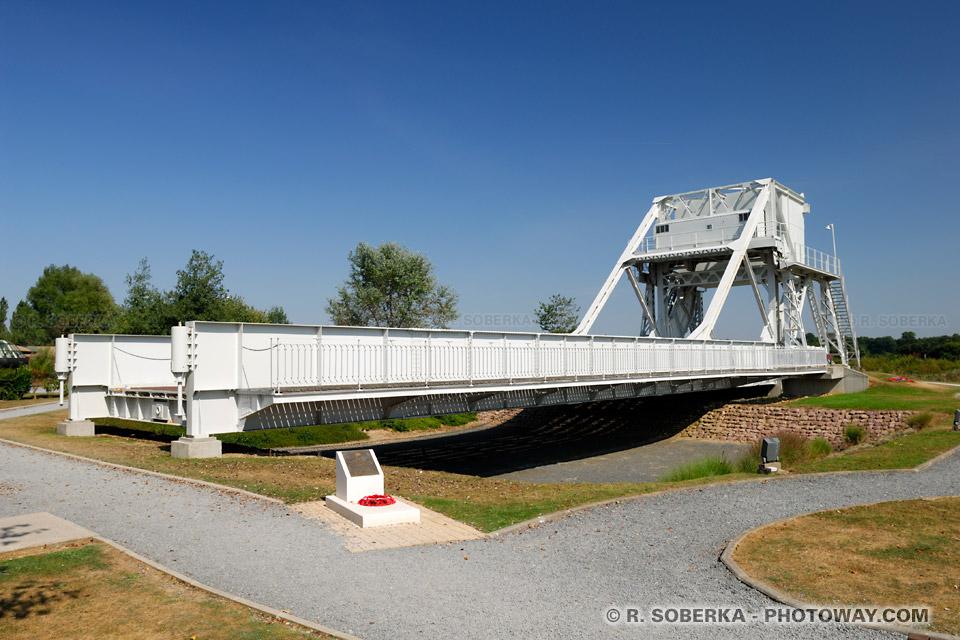 Images Photos D-Day 6 juin 1944 photos pont de Bénouville reportage photo Normandie