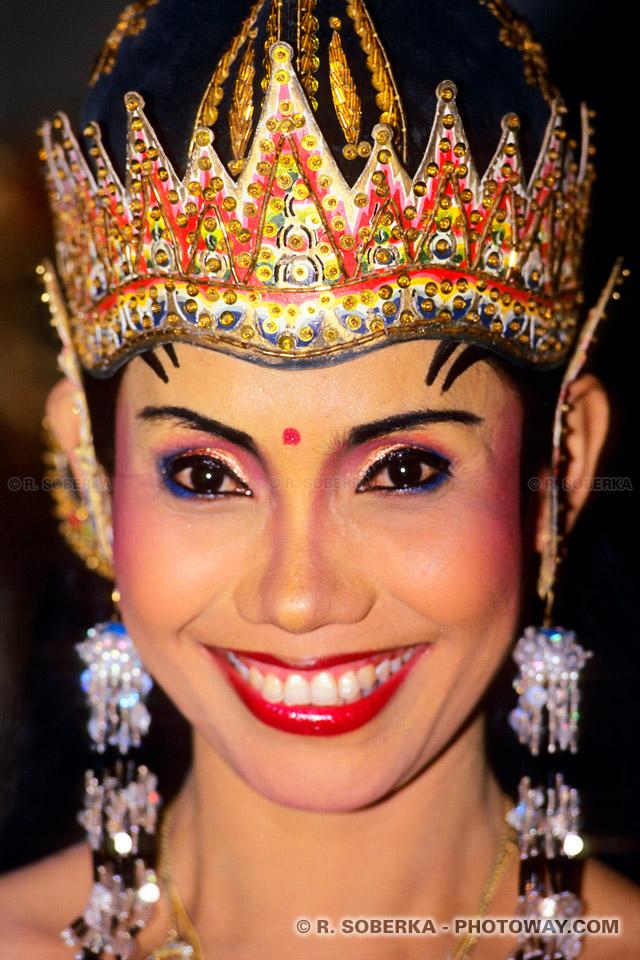 Photos de visages de femmes : photo de visage de la reine Sinta