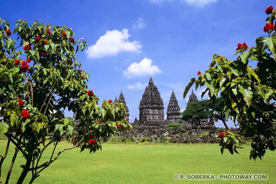 Photos de Prambanan en indonésie site classé UNESCO