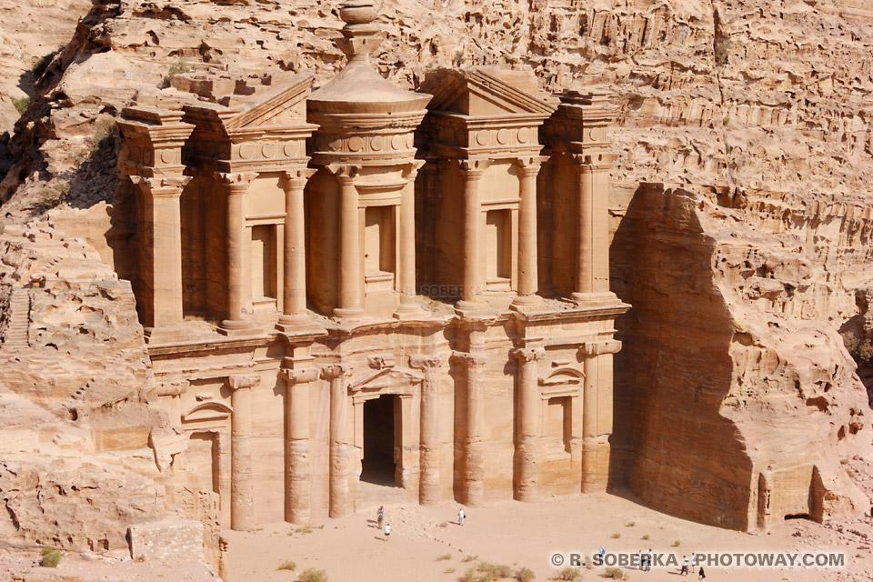 El Deir Petra