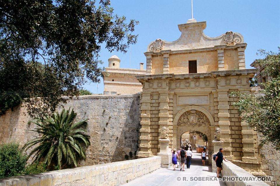 Images Photos de la porte de Mdina photos de Mdina Gate en photo à Malte