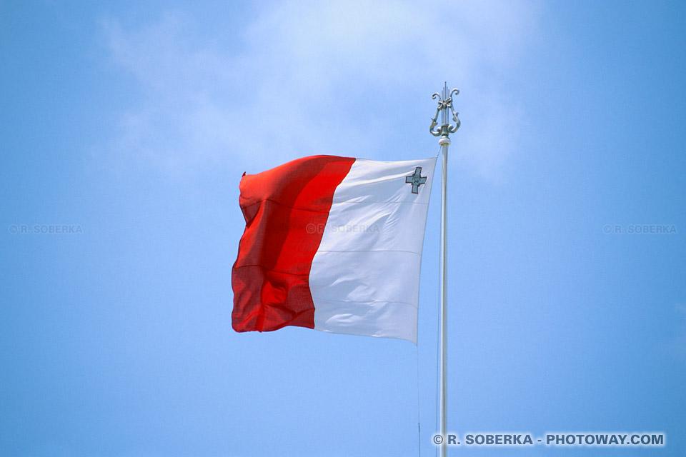Images Photo du drapeau de Malte photos drapeau Maltais et George Cross