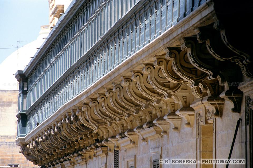 Images et Photos d'un balcon du palais des grands maîtres La Valette Malte