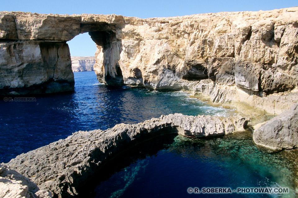 Images et Photos de crevasses photos d'un crevasse sous-marine photo à Gozo