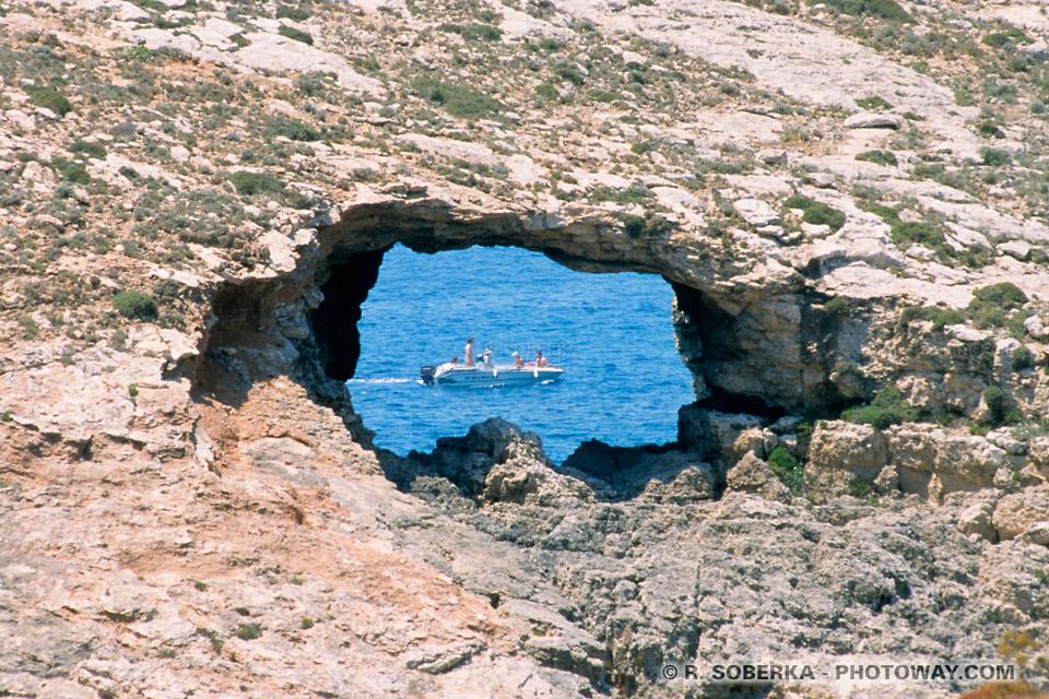 Image et Photo d'un trou impressionant photo d'un trou image d'un trou