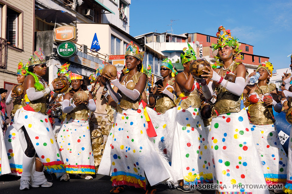 Groupe de musique au Carnaval