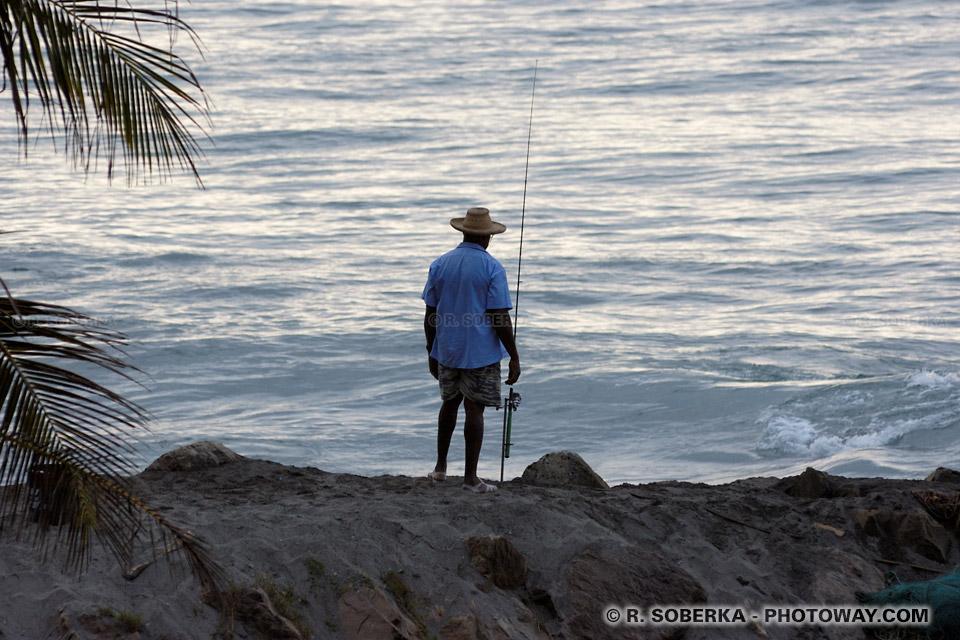 canne à pêche et pecheur en Martinique