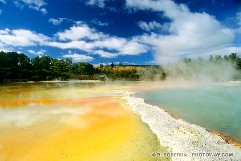Photos de Wai-O-Tapu : photo du parc naturel volcanique en Nouvelle-Zélande
