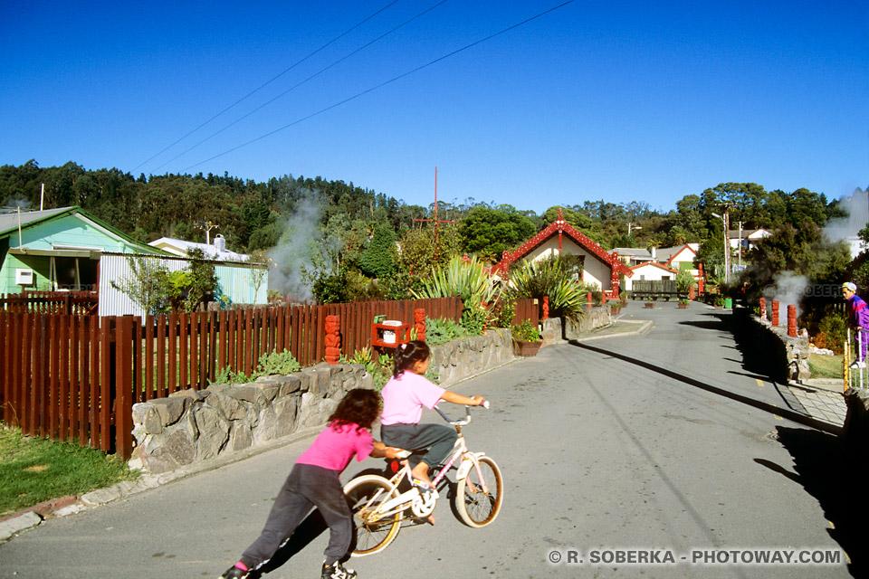 Photos villages Maoris : Photo d'un village maori à Rotorua en Nouvelle Zélande