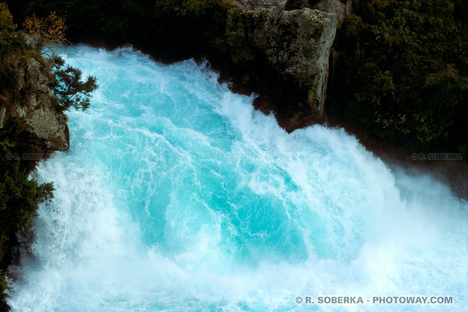 Photos de chutes : Photo des chutes Huka falls en Nouvelle-Zélande