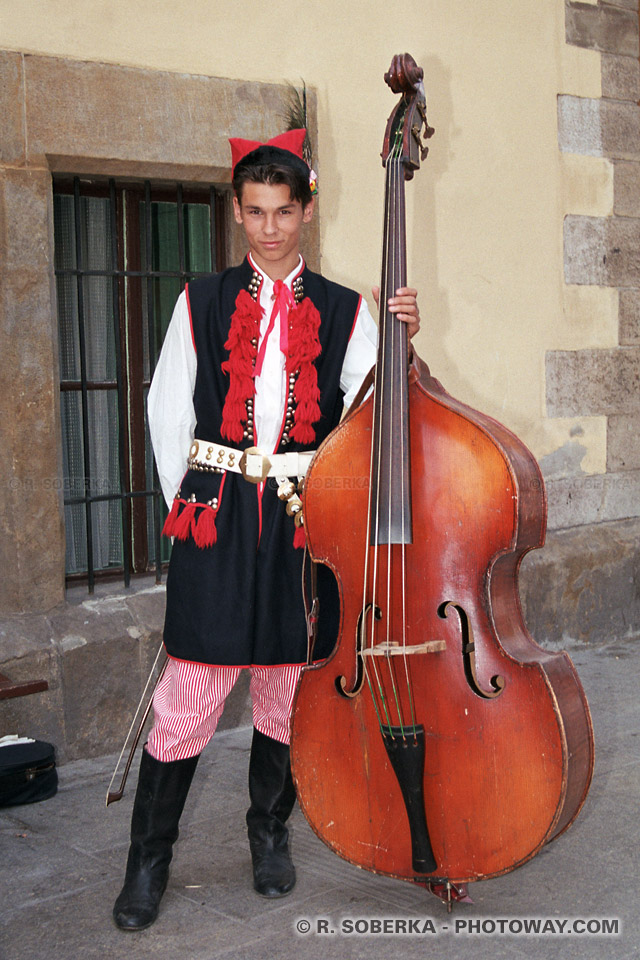 Images Photos d'un musicien polonais photo guide de tourisme en Pologne