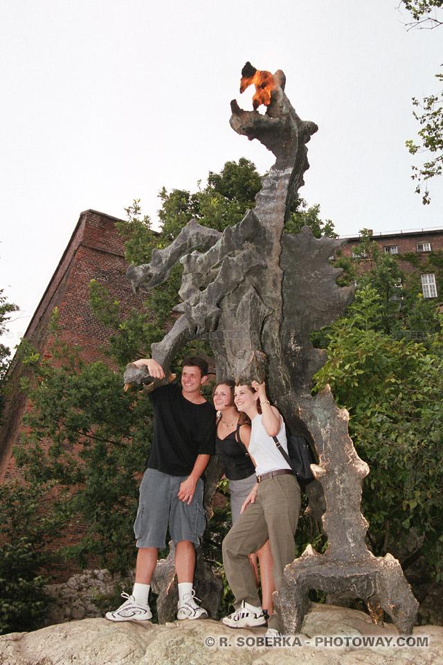 Image Photos du dragon du Wawel photo à Cracovie reportage en Pologne sur Photoway