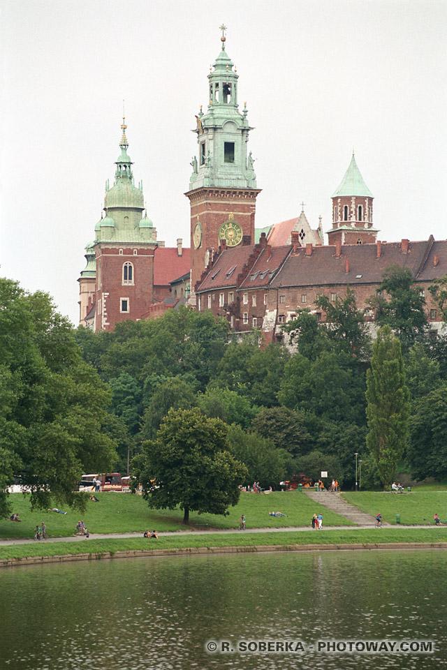 Photos de Cracovie photo et image du chateau Wawel reportages en Pologne sur photoway