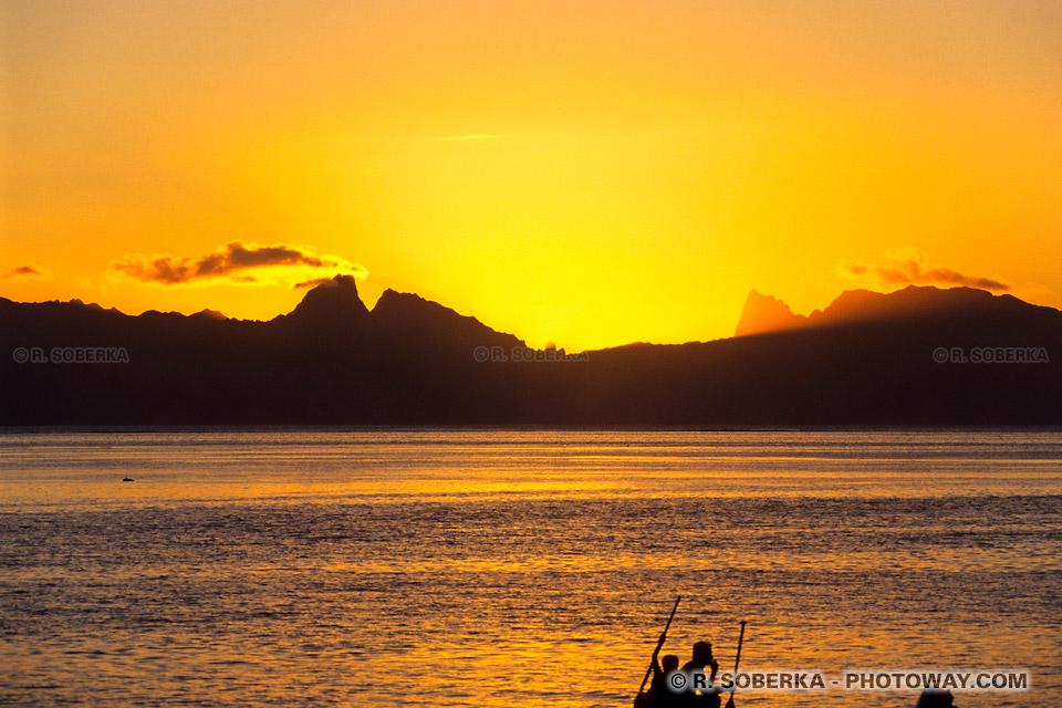 Photo de coucher de soleil à Tahiti. Photos de couchers de soleil en Polynésie