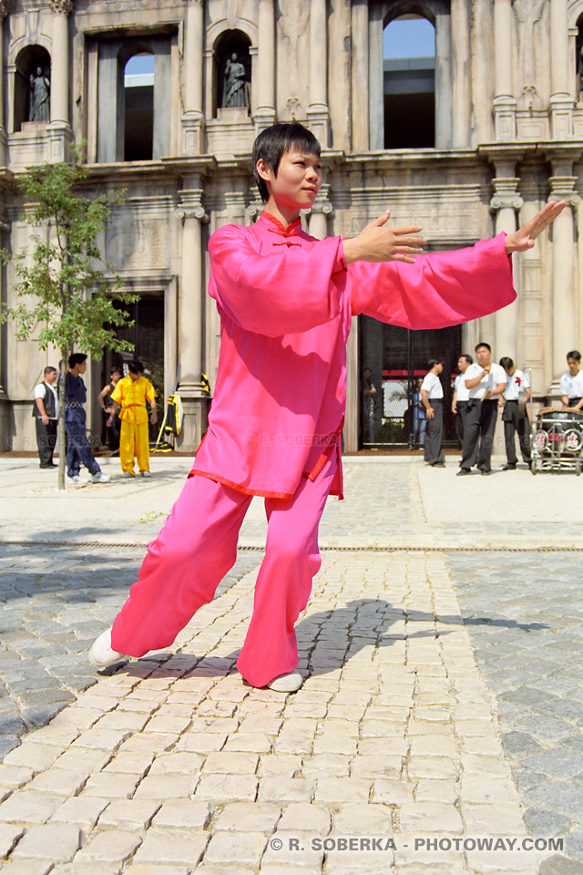 Photos d 39 arts martiaux chinois photo de kung fu et arts for Les arts martiaux chinois