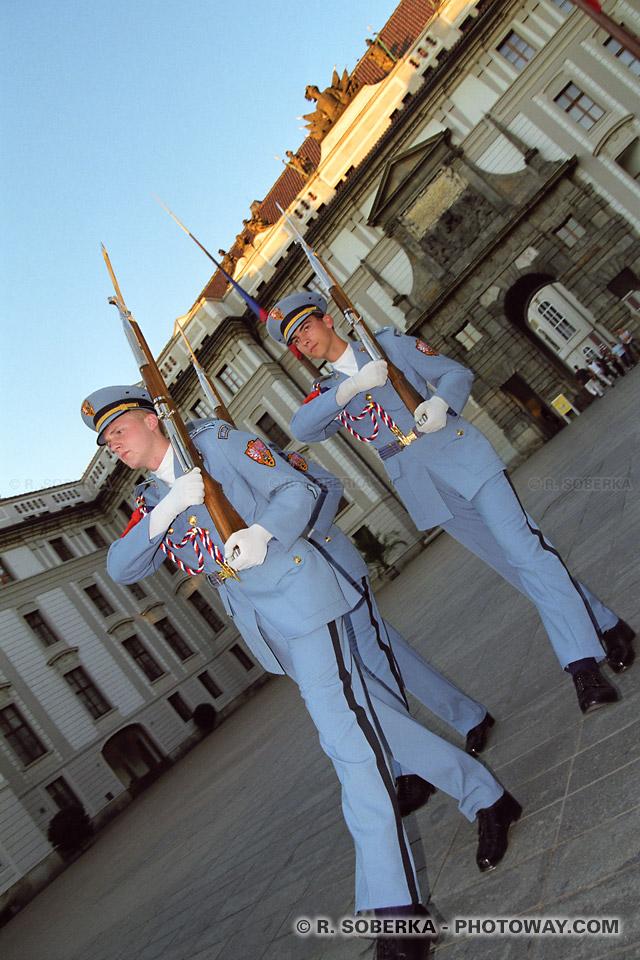 Image Photo de la garde républicaine photos à Prague en République Tchèque