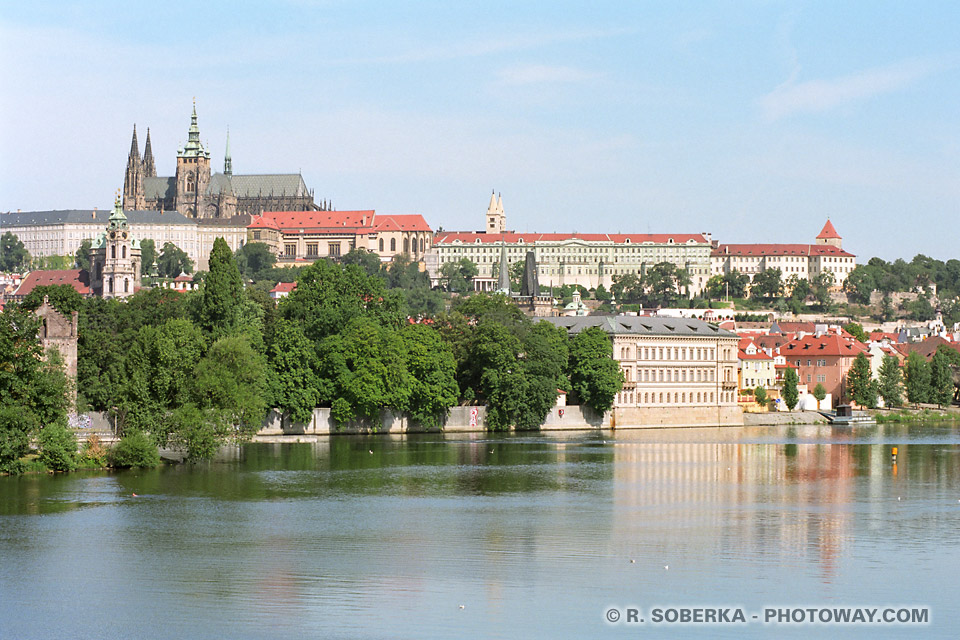 image Photos de Prague photo de la rivière Vltava en République Tchèque